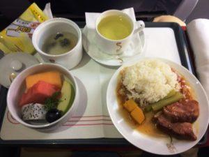 吉祥航空、ビジネスクラスの機内食