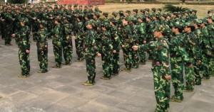 中国,大学,軍事訓練,内容