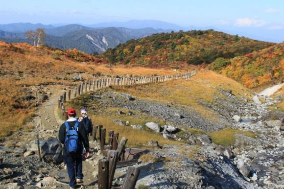 栗駒山。ハイペースで下山しました。