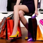 買い物 女性 足