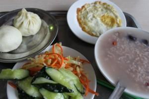 青海省西寧市,朝食におかゆ