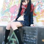 小柔SeeU、女子高生のコスプレ、ミニスカート、ハイソックス