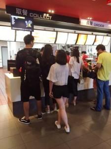 中国のマクドナルド、カウンター