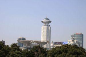 上海、人民広場のビル