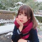 女子高生と雪