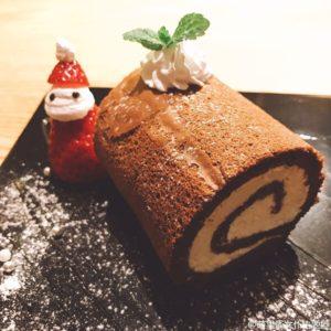 上海のメイドカフェのケーキ