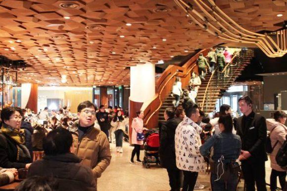 リザーブ ロースタリー上海の階段