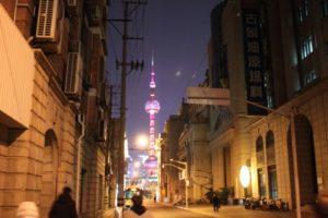 東方明珠電視塔のライトアップ